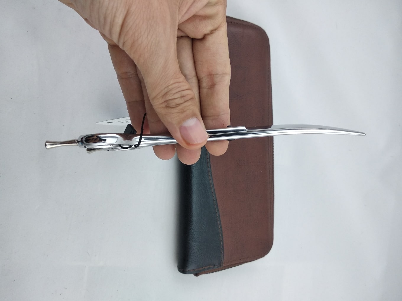 Kéo cắt tóc lưỡi cong