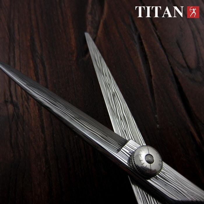 Kéo cắt tóc Titan AT 04